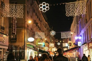 353308-paris-ville-de-lumieres-pour-noel