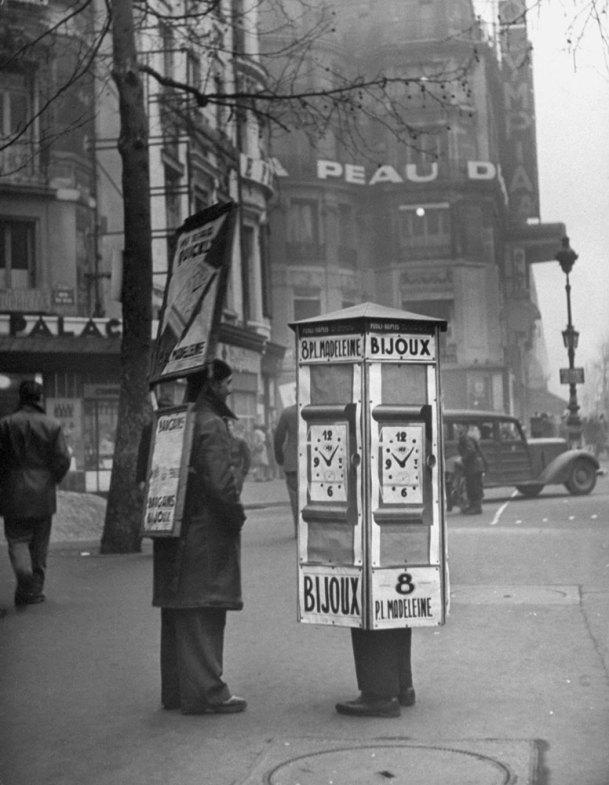 131121-paris-1946-11