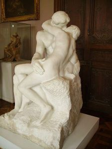 450px-Auguste_Rodin-The_Kiss-Rodin_Museum,_Paris