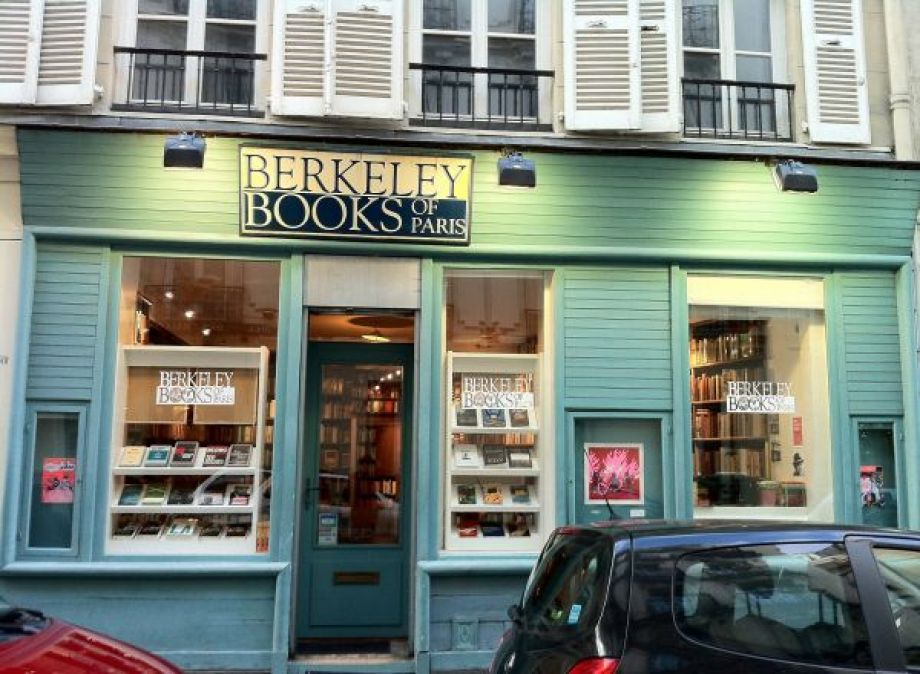 Berkeley Books of Paris, 8 rue Casimir Delavigne, Paris.